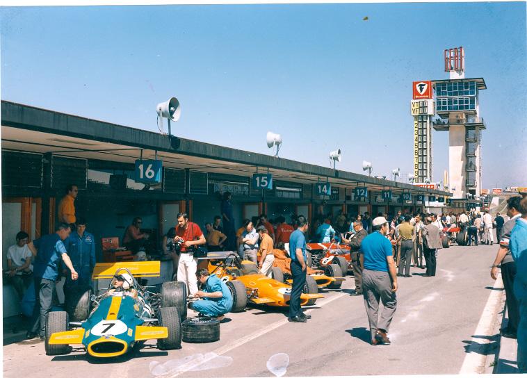 Circuito del Jarama Tour - GP España 1970-boxes