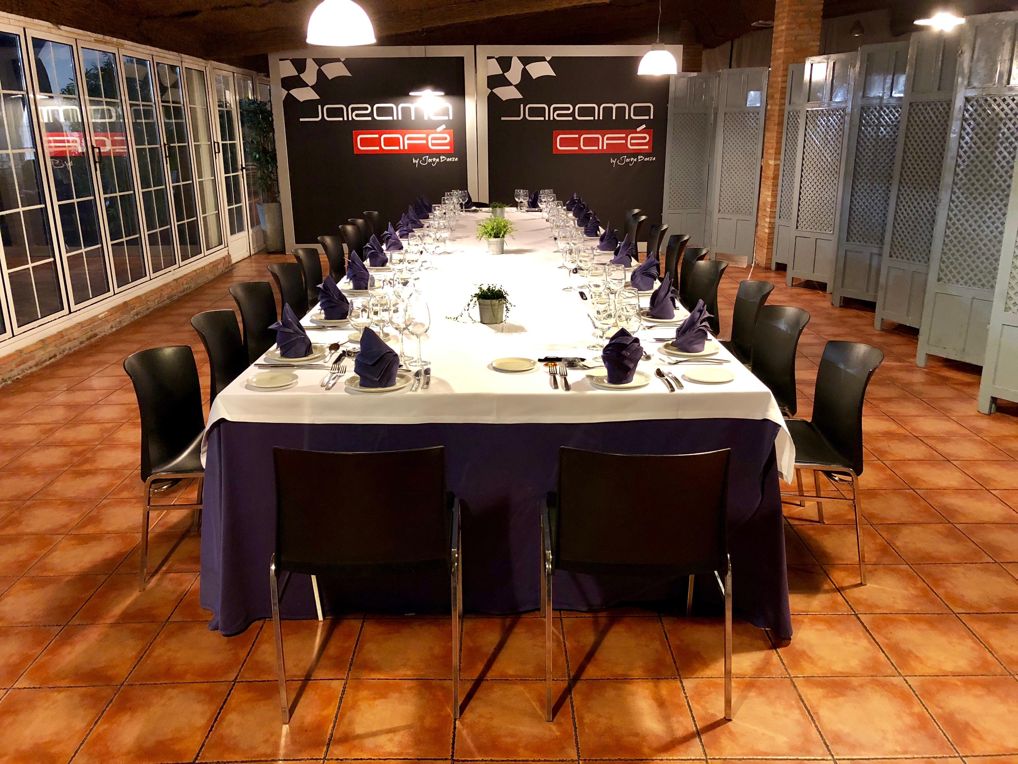 Jarama Café Salón Cristalera Mesa Imperial