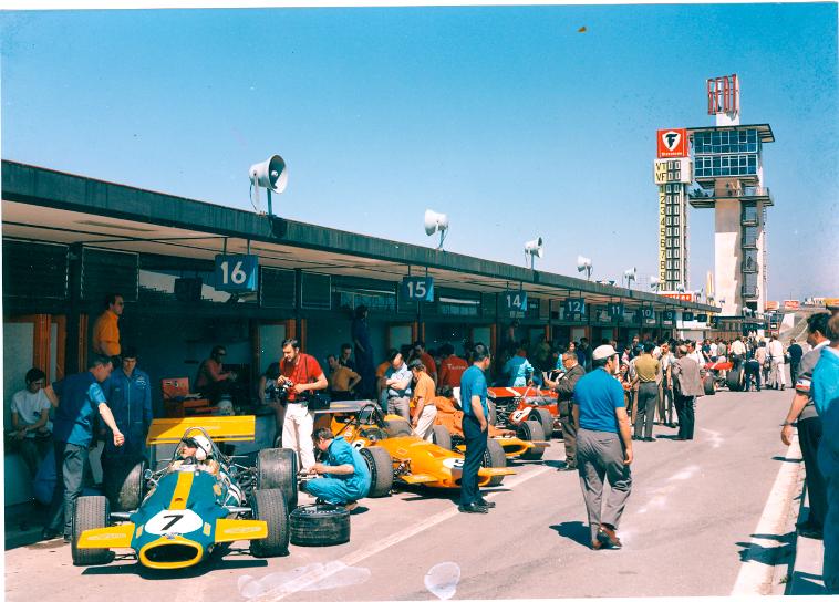 GP-España-1970-boxes