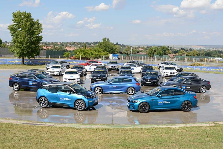 Vehículos Escuela RACE de Conducción