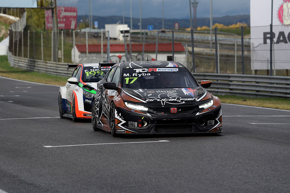 TCR Europe y Campeonato de España de F-4